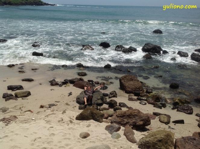 pantai menganti 1